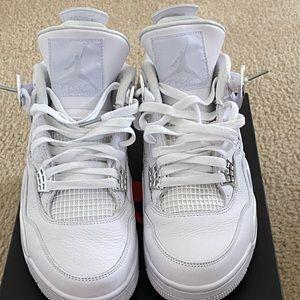White 4's